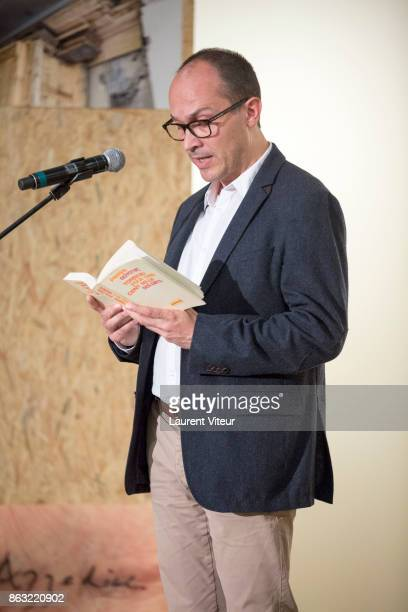 Guillaume Fau reads 'Tombeau pour Cinq Cent Mille Soldats' for 50th anniversary of the book at Azzedine Alaia Gallery on October 19 2017 in Paris...