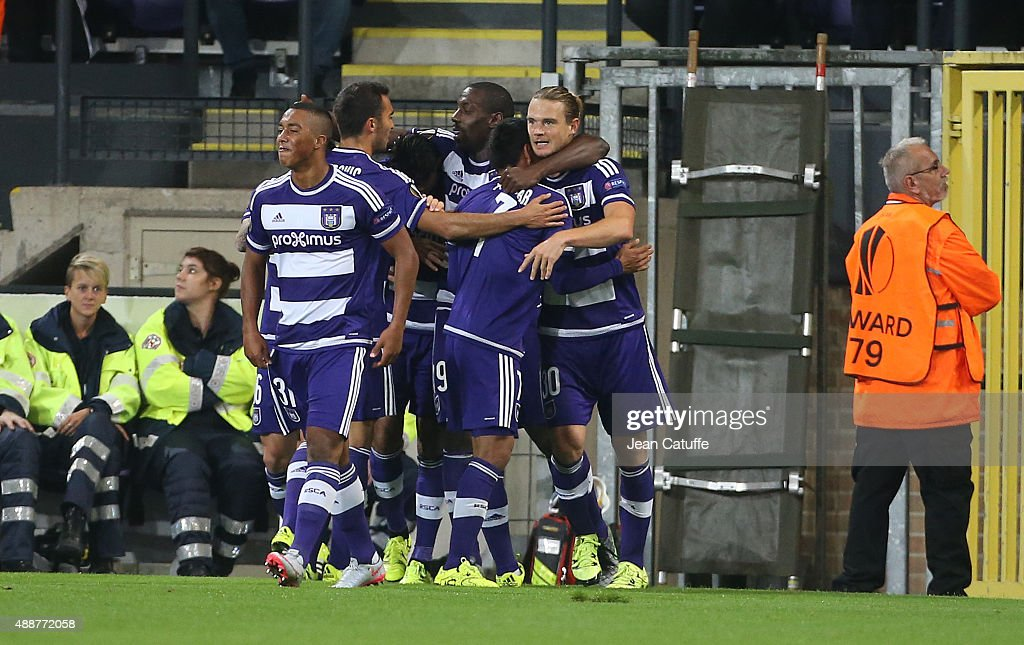 <a gi-track='captionPersonalityLinkClicked' href=/galleries/search?phrase=Guillaume+Gillet&family=editorial&specificpeople=4542498 ng-click='$event.stopPropagation()'>Guillaume Gillet</a> of Anderlecht (right) celebrates with teammates scoring a goal during the UEFA Europa League match between RSC Anderlecht and AS Monaco FC at Stade Constant Vanden Stock on September 17, 2015 in Anderlecht, Belgium.