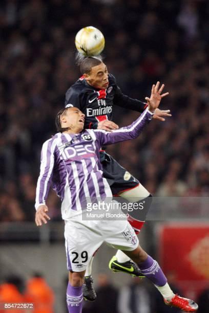 Guillaume HOARAU / Etienne CAPOUE Toulouse / PSG 29eme journee de Ligue 1 Stadium de Toulouse