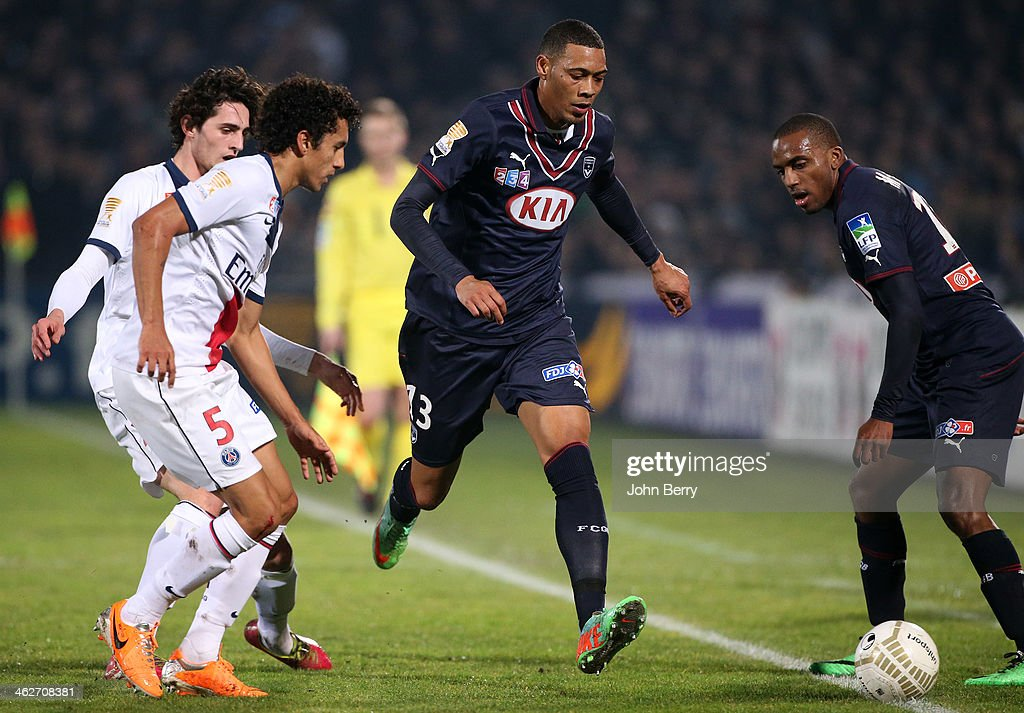 <a gi-track='captionPersonalityLinkClicked' href=/galleries/search?phrase=Guillaume+Hoarau&family=editorial&specificpeople=5223496 ng-click='$event.stopPropagation()'>Guillaume Hoarau</a> of Bordeaux in action during the french League Cup match between FC Girondins de Bordeaux and Paris Saint-Germain FC at the Stade Chaban-Delmas stadium on January 14, 2014 in Bordeaux, France.