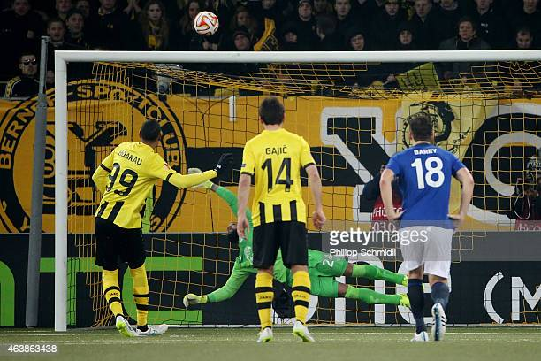 Guillaume Hoarau of BSC Young Boys misses from the penalty spot against goalkeeper Tim Howard of Everton FC during the UEFA Europa League Round of 32...