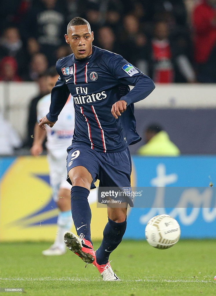 <a gi-track='captionPersonalityLinkClicked' href=/galleries/search?phrase=Guillaume+Hoarau&family=editorial&specificpeople=5223496 ng-click='$event.stopPropagation()'>Guillaume Hoarau</a> of Paris Saint Germain in action during the french eight-finals League Cup match between Paris Saint Germain - PSG - and Olympique de Marseille - OM - 2-0 at the Parc des Princes Stadium on October 31, 2012 in Paris, France.