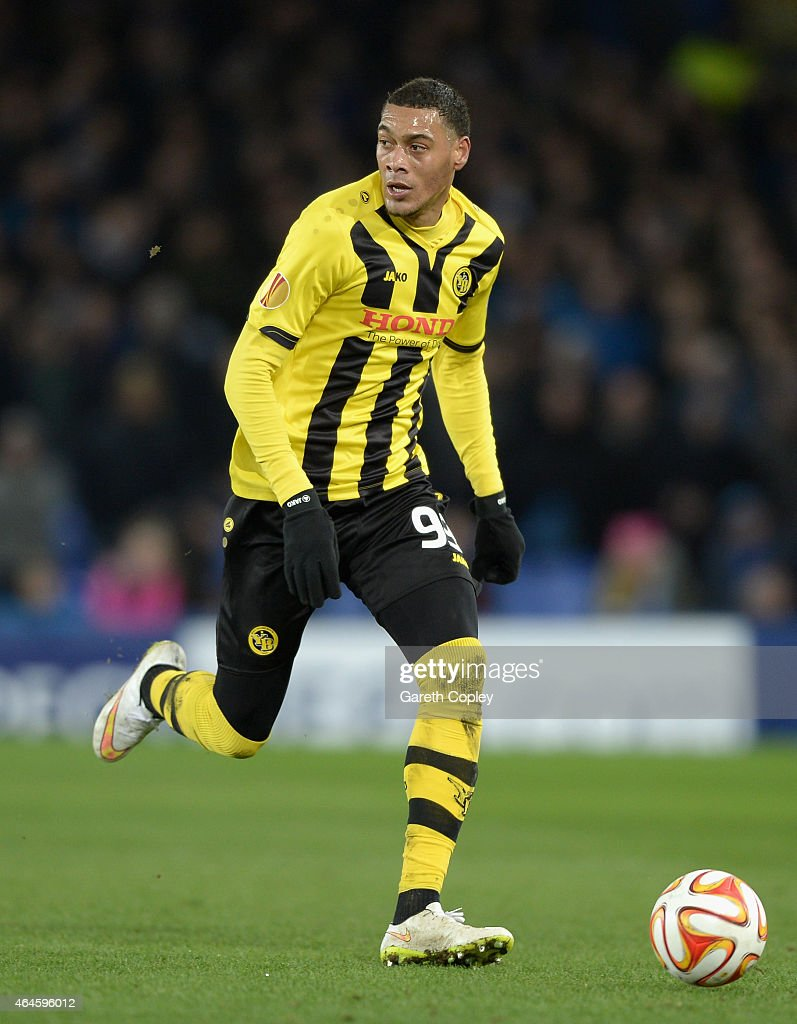 <a gi-track='captionPersonalityLinkClicked' href=/galleries/search?phrase=Guillaume+Hoarau&family=editorial&specificpeople=5223496 ng-click='$event.stopPropagation()'>Guillaume Hoarau</a> of Young Boys in action during the UEFA Europa League Round of 32 match between Everton and BSC Young Boys on February 26, 2015 in Liverpool, United Kingdom.