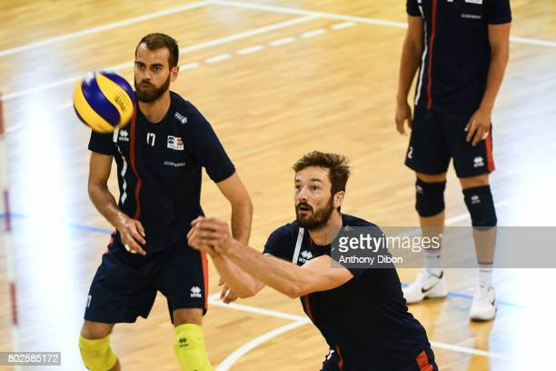 Guillaume Quesque and Julien Lyneel of France during a training session of the French volleyball national team on June 28 2017 in Vincennes France