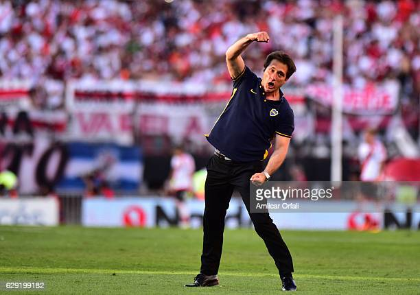 Guillermo Barros Schelotto coach of Boca Juniors celebrates during a match between River Plate and Boca Juniors as part of Torneo Primera Division...