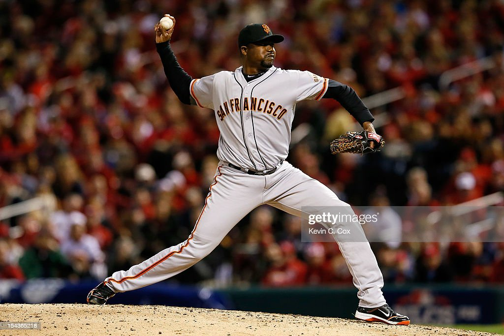 <a gi-track='captionPersonalityLinkClicked' href=/galleries/search?phrase=Guillermo+Mota&family=editorial&specificpeople=208080 ng-click='$event.stopPropagation()'>Guillermo Mota</a> #59 of the San Francisco Giants pitches against the St. Louis Cardinals in Game Four of the National League Championship Series at Busch Stadium on October 18, 2012 in St Louis, Missouri.