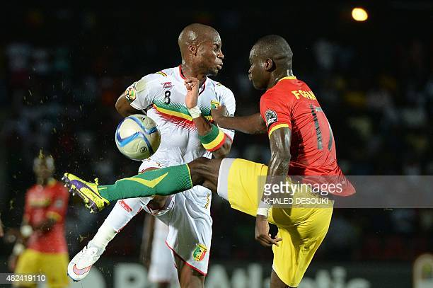 Guinea's midfielder Boubacar Fofana vies with Mali's midfielder Yacouba Sylla during the 2015 African Cup of Nations group D football match between...