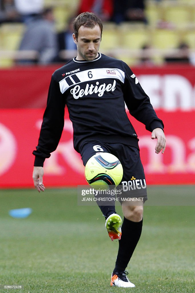 Guingamp's French defender Maxime Baca warms up prior the French L1 football match Monaco (ASM) vs Guingamp (EAG) on April 30, 2016, at the Louis II stadium in Monaco.