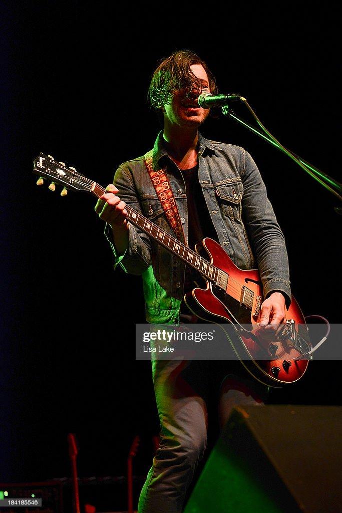 Guitar player Dan Murphy of Soul Asylum performs at Sands Bethlehem Event Center on October 11, 2013 in Bethlehem, Pennsylvania.