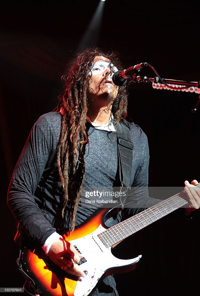 Guitar player James 'Munky' Shaffer of Korn performs at White River Amphitheater on August 27, 2011 in Enumclaw, Washington.
