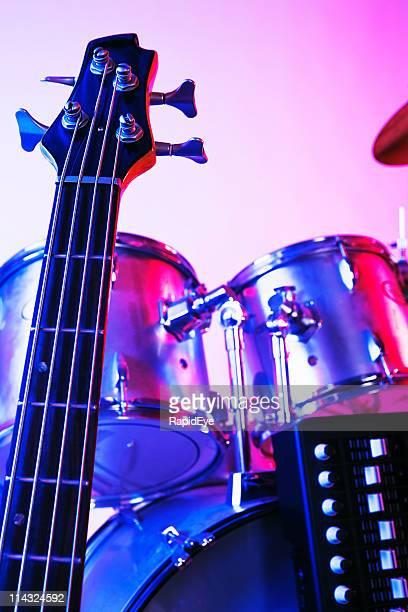 Guitare, Synthétiseur, batterie