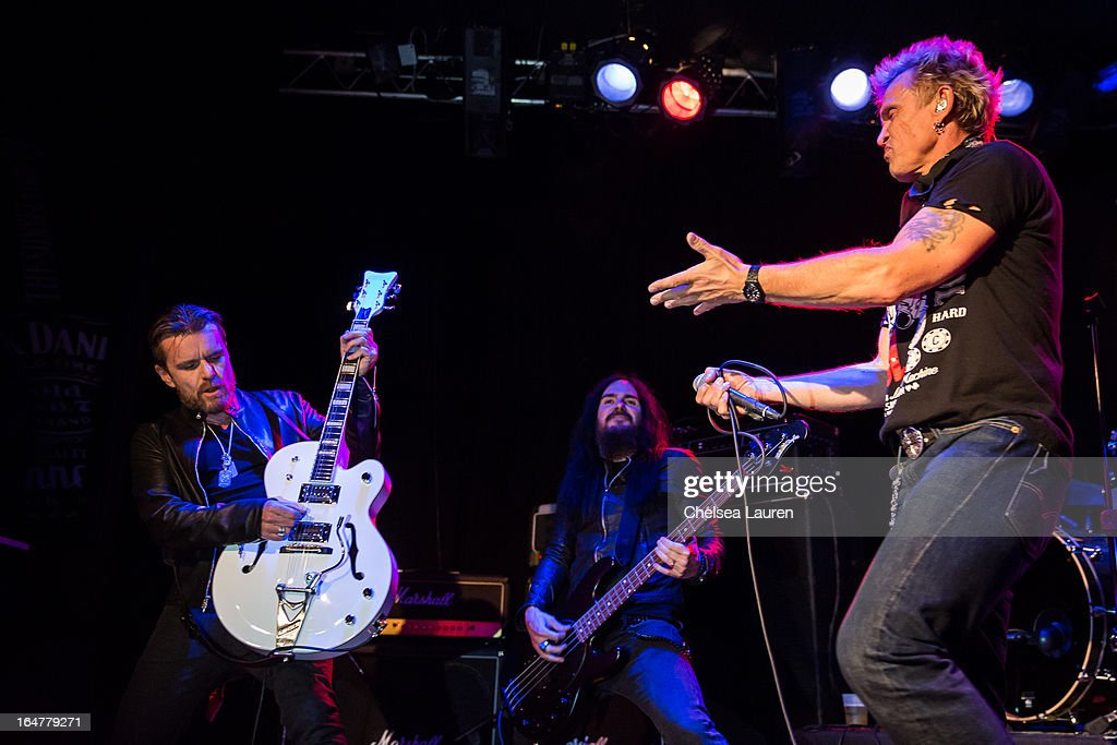 Guitarist <a gi-track='captionPersonalityLinkClicked' href=/galleries/search?phrase=Billy+Duffy&family=editorial&specificpeople=2085055 ng-click='$event.stopPropagation()'>Billy Duffy</a> of The Cult, bassist Blasko of Ozzy Osbourne and vocalist <a gi-track='captionPersonalityLinkClicked' href=/galleries/search?phrase=Billy+Idol&family=editorial&specificpeople=138578 ng-click='$event.stopPropagation()'>Billy Idol</a> perform at the Rock Against MS benefit concert at The Whisky a Go Go on March 27, 2013 in West Hollywood, California.