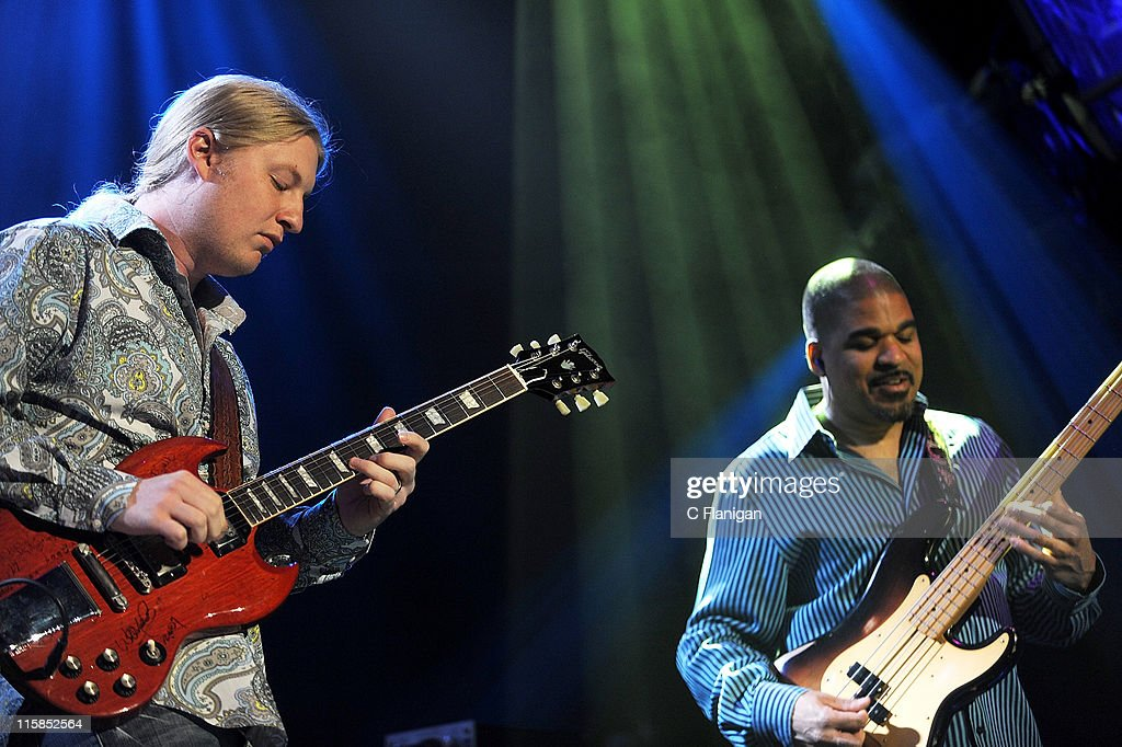 Guitarist Derek Trucks and bassist Oteil Burbridge of The Allman Brothers perform at The Fox Theatre on May 12, 2009 in Oakland, California.