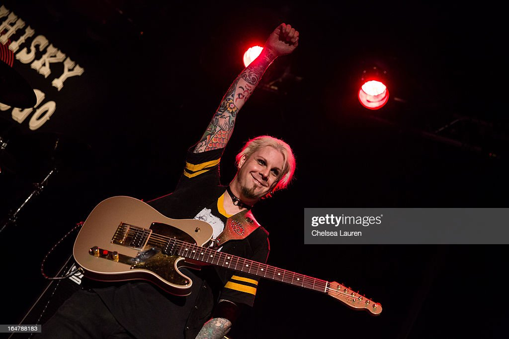 Guitarist <a gi-track='captionPersonalityLinkClicked' href=/galleries/search?phrase=John+5&family=editorial&specificpeople=716282 ng-click='$event.stopPropagation()'>John 5</a> of Rob Zombie performs at the Rock Against MS benefit concert at The Whisky a Go Go on March 27, 2013 in West Hollywood, California.