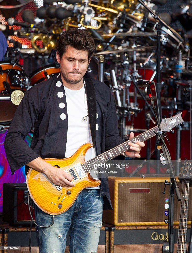Guitarist John Mayer of Dead and Company performs at Shoreline Amphitheatre on July 30, 2016 in Mountain View, California.