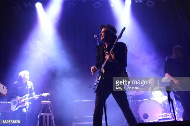 Guitarist Liam Gerrard lead singer Finn Andrews and bassplayer Sophia Burn of the Londonbased band The Veils perform at Islington Assembly Hall on...