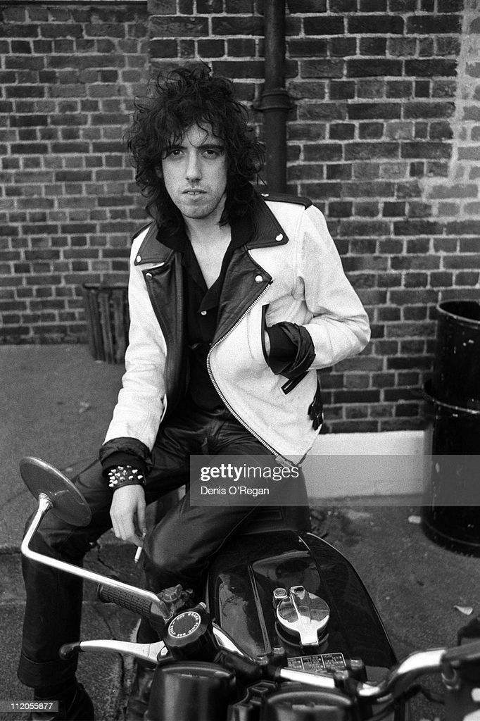 Guitarist <a gi-track='captionPersonalityLinkClicked' href=/galleries/search?phrase=Mick+Jones+-+Musician+-+The+Clash&family=editorial&specificpeople=212985 ng-click='$event.stopPropagation()'>Mick Jones</a>, of English punk group The Clash, 1978.