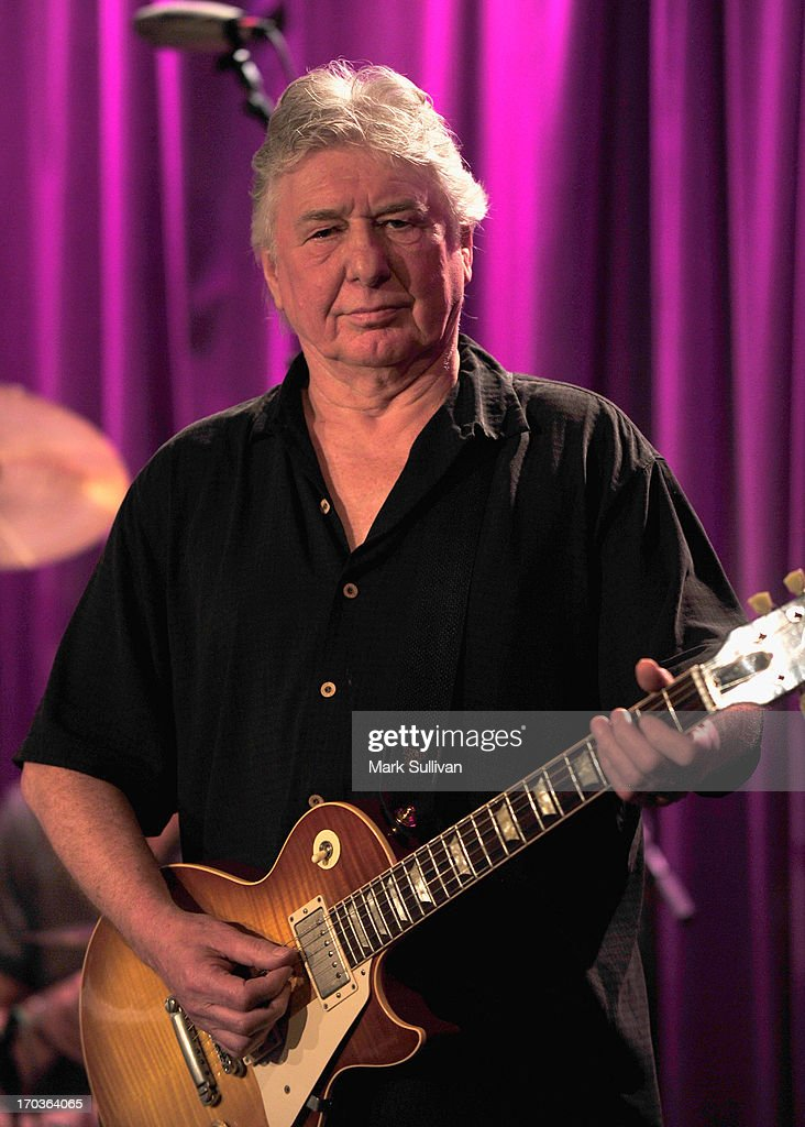 Guitarist <a gi-track='captionPersonalityLinkClicked' href=/galleries/search?phrase=Mick+Ralphs&family=editorial&specificpeople=2009873 ng-click='$event.stopPropagation()'>Mick Ralphs</a> performs during An Evening With Bad Company at The GRAMMY Museum on June 11, 2013 in Los Angeles, California.