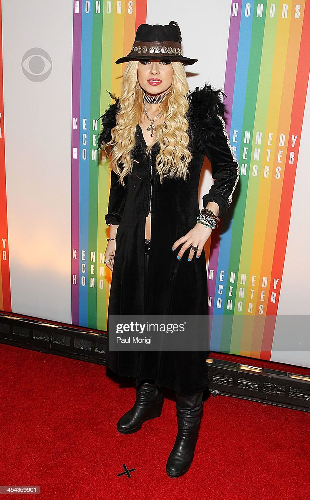 Guitarist <a gi-track='captionPersonalityLinkClicked' href=/galleries/search?phrase=Orianthi&family=editorial&specificpeople=4436929 ng-click='$event.stopPropagation()'>Orianthi</a> attends the The 36th Kennedy Center Honors gala at The Kennedy Center on December 8, 2013 in Washington, DC.