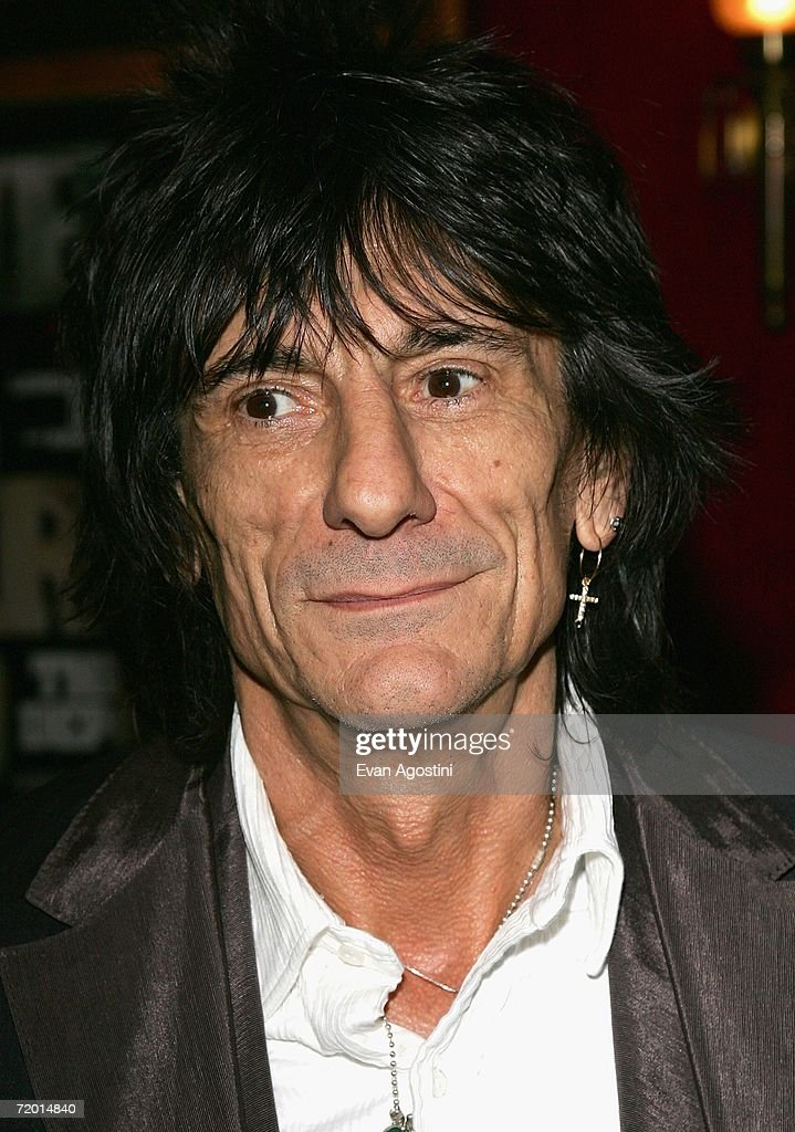 Guitarist Ron Wood attends the Warner Bros. Pictures premiere of 'The Departed' at the Ziegfeld Theatre September 26, 2006 in New York City.