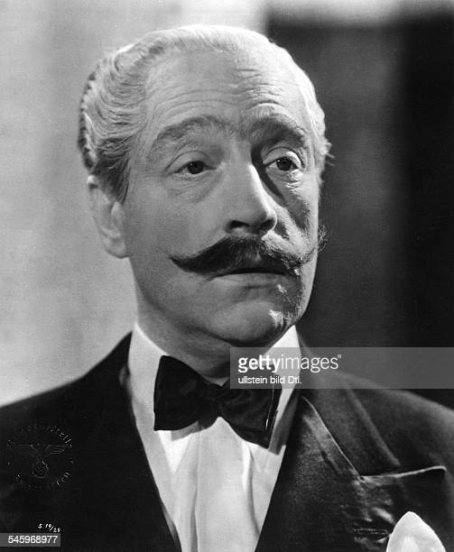 Guitry Sacha Actor Director Screenwriter Dramatist France *21021885 Scene from the movie 'Le roman d'un tricheur'' Directed by Sacha Guitry France...