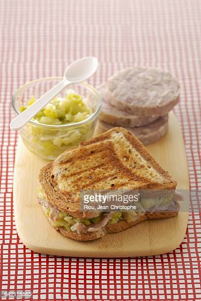 Gumn chitterlings sausage toasted sandwich with leek fondue