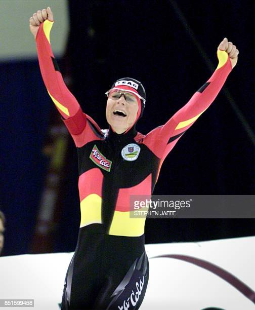 Gunda NiemannStirnemann of Germany celebrates after setting a new world record in the women's 5000meter race with a time of 65244 minutes during the...