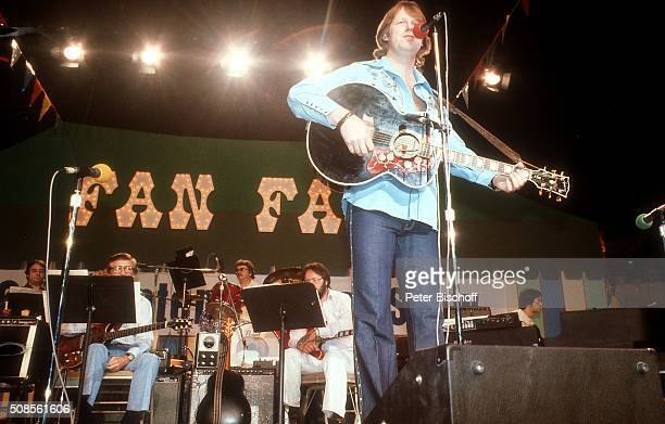 'Gunter Gabriel CountryFestival ''Fan Fair'' am in Nashville Tennessee USA '