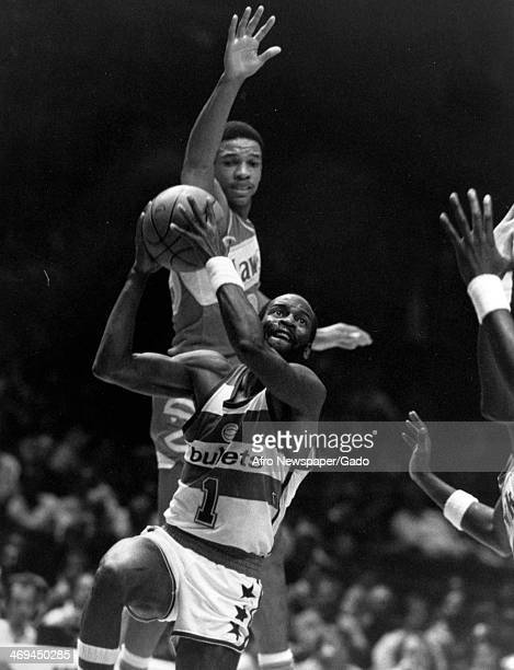 Gus Williams basketball player for Baltimore Bullets made 24 points against the Atlanta Hawks during a basketball game 1980