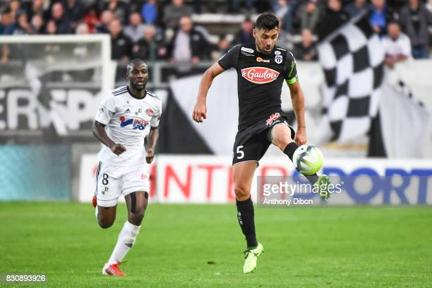 Gussouma Fofana of Amiens and Thomas Mangani of Angers during the Ligue 1 match between Amiens SC and Angers SCO at Stade de la Licorne on August 12...
