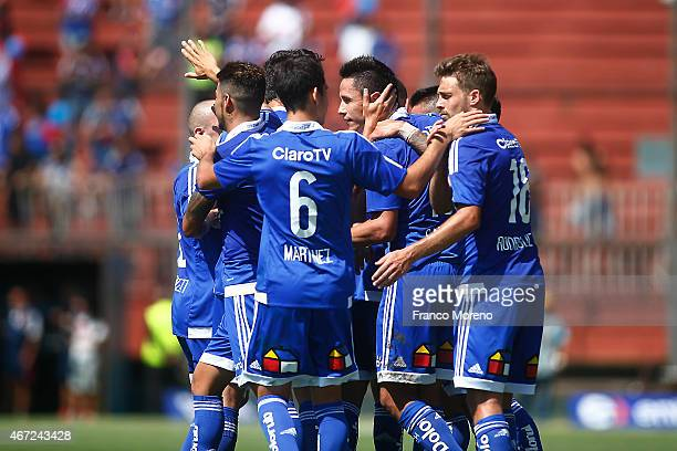 Gustavo Canales of Universidad de Chile celebrates with his teammates after scoring the second goal of his team against Palestino during a match...