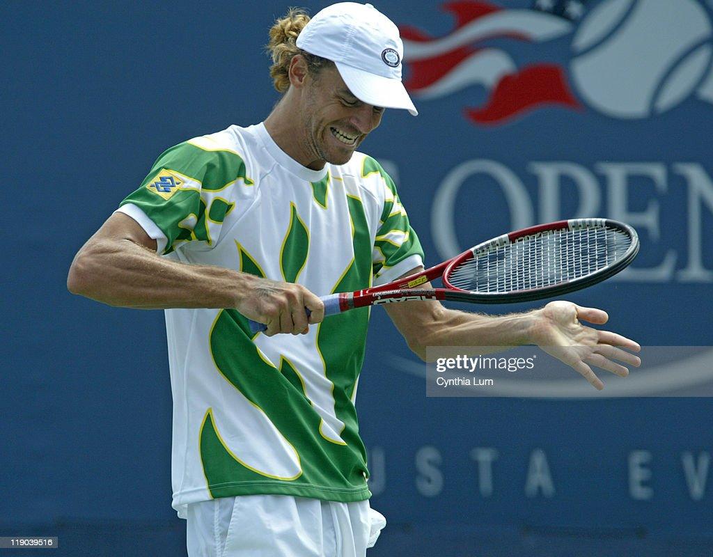 2005 US Open - Men's Singles - Second Round - Gustavo Kuerten vs Tommy Robredo