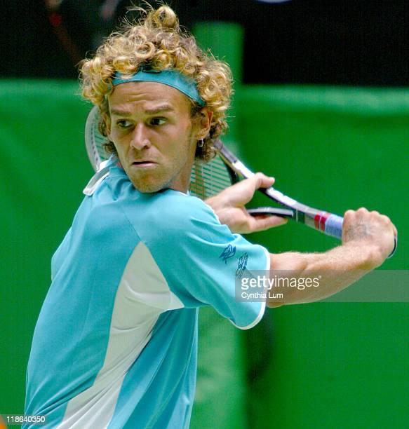 Gustavo Kuerten lost to Radek Stepanek 57 53 75 46 63