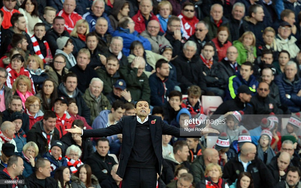 <a gi-track='captionPersonalityLinkClicked' href=/galleries/search?phrase=Gustavo+Poyet&family=editorial&specificpeople=227352 ng-click='$event.stopPropagation()'>Gustavo Poyet</a> manager of Sunderland reacts during the Barclays Premier League match between Sunderland and Everton at Stadium of Light on November 9, 2014 in Sunderland, England.