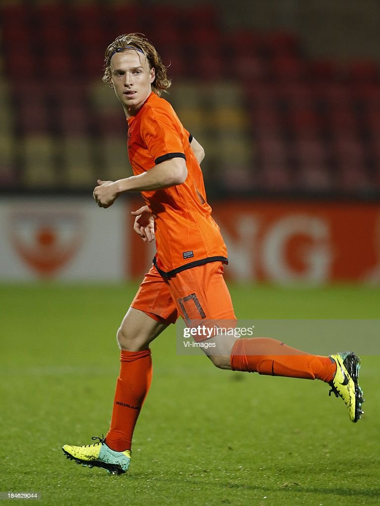 Guus Hupperts of Netherlands U21 during 2015 UEFA European U21 Championships Qualifier match between the Netherlands U21 and Austria U21 at the Adelaarshorst on Oktober 14, 2013 in Deventer, The Netherlands
