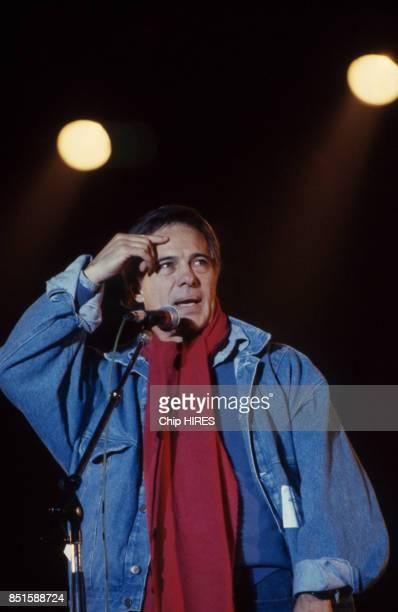 Guy Bedos au concert de SOS Racisme à Vincennes France le 20 juin 1987