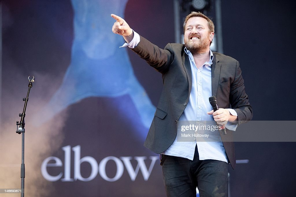 <a gi-track='captionPersonalityLinkClicked' href=/galleries/search?phrase=Guy+Garvey&family=editorial&specificpeople=224791 ng-click='$event.stopPropagation()'>Guy Garvey</a> performs on stage at the Isle of Wight Festival at Seaclose Park on June 22, 2012 in Newport, United Kingdom.