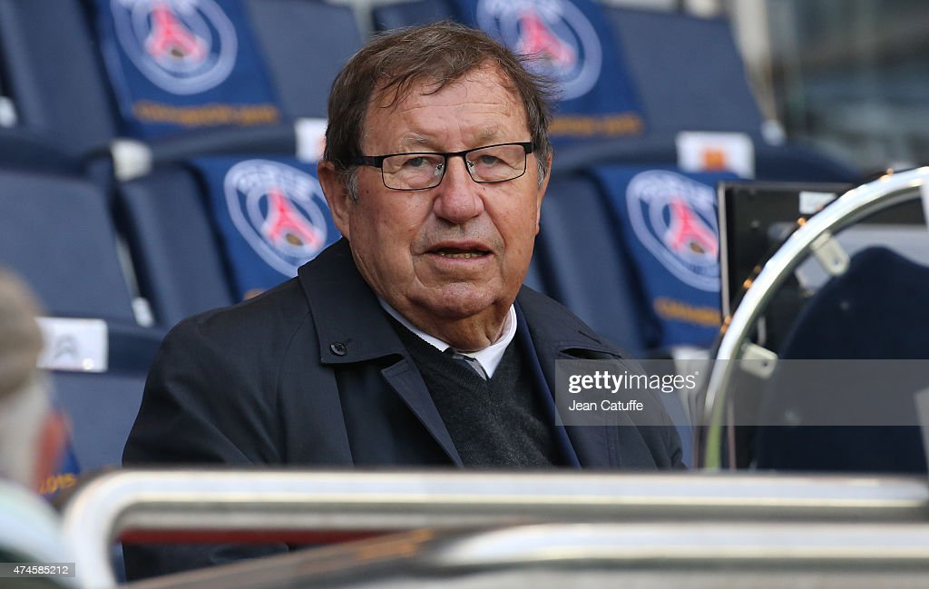 <a gi-track='captionPersonalityLinkClicked' href=/galleries/search?phrase=Guy+Roux&family=editorial&specificpeople=547872 ng-click='$event.stopPropagation()'>Guy Roux</a> attends the French Ligue 1 match between Paris Saint-Germain (PSG) and Stade de Reims at Parc des Princes stadium on May 23, 2015 in Paris, France.
