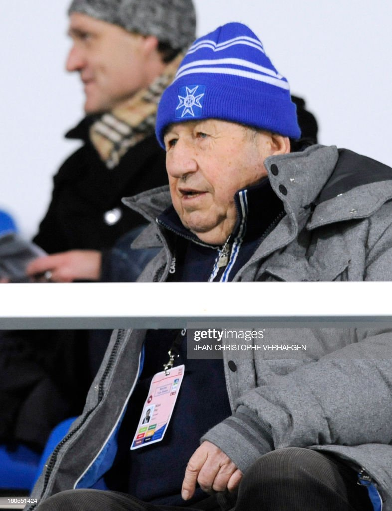Guy Roux, former French head coach of French L1 Auxerre's football club, is pictured before the French L1 football match Bastia (SCB) vs Evian (ETGFC) at the Abbe Deschamps Stadium, on February 2, 2013 in Auxerre. AFP PHOTO / JEAN-CHRISTOPHE VERHAEGEN