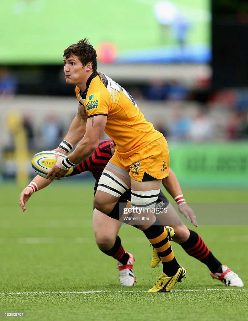 Guy Thompson of London Wasps in action during the Aviva Premiership match between Saracens and London Wasps at Allianz Park on October 5, 2013 in Barnet, England.