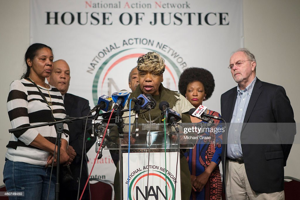 Gwen Carr (C), Eric Garner's mother, and Esaw Garner (L) Garner's widow, attend a press conference denouncing the shooting deaths of two New York Police Department (NYPD) officers at the National Action Network on December 21, 2014 in the Harlem neighborhood of New York City. The press conference follows the execution style shooting of officers, Wenjian Liu and Rafael Ramos in Brooklyn on December 20, 2014 where the suspect was apparently motivated by the deaths of Eric Garner and Michael Brown.