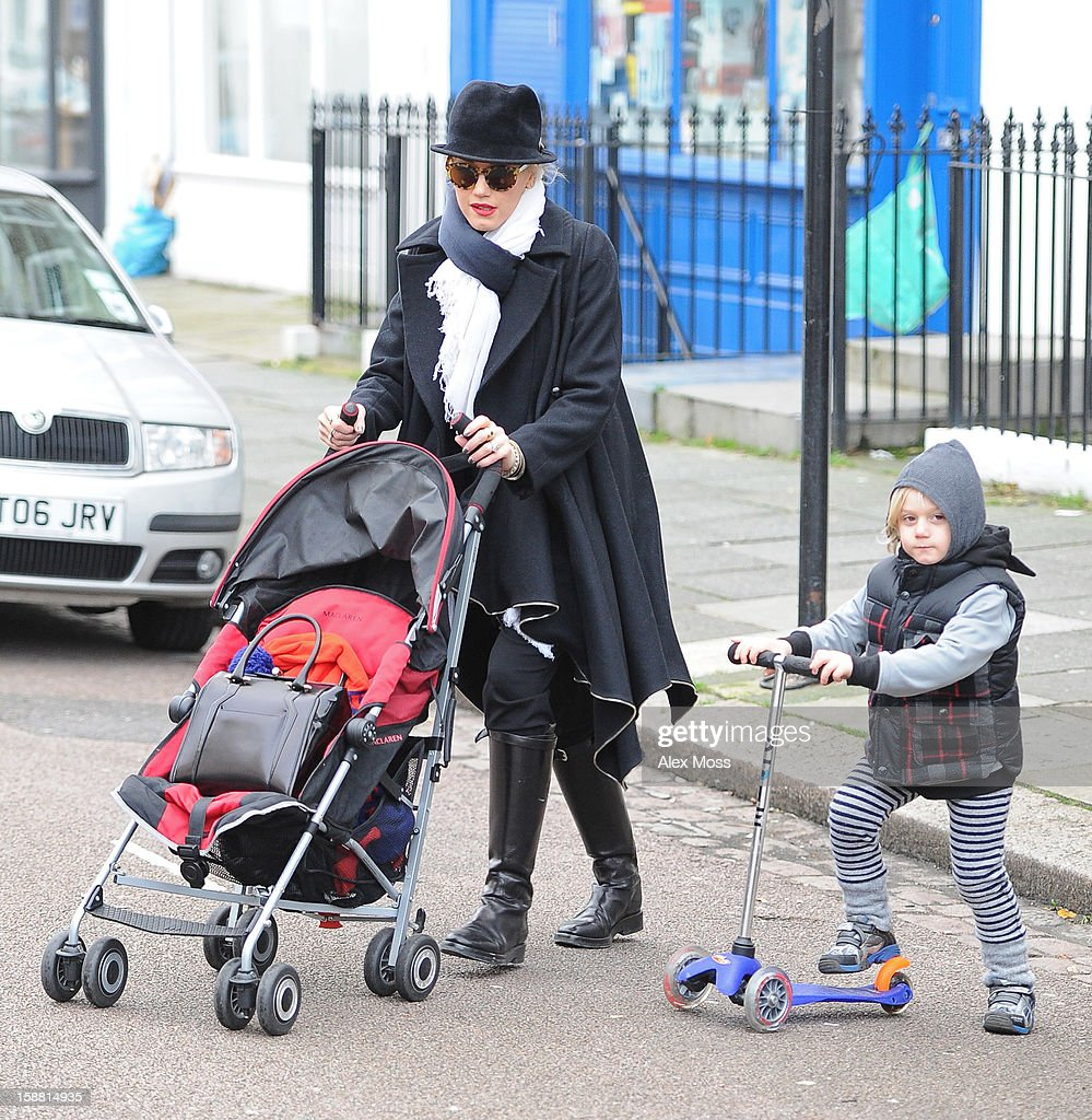 <a gi-track='captionPersonalityLinkClicked' href=/galleries/search?phrase=Gwen+Stefani&family=editorial&specificpeople=156423 ng-click='$event.stopPropagation()'>Gwen Stefani</a> and her son Zuma are seen in Primrose Hill on December 30, 2012 in London, England.