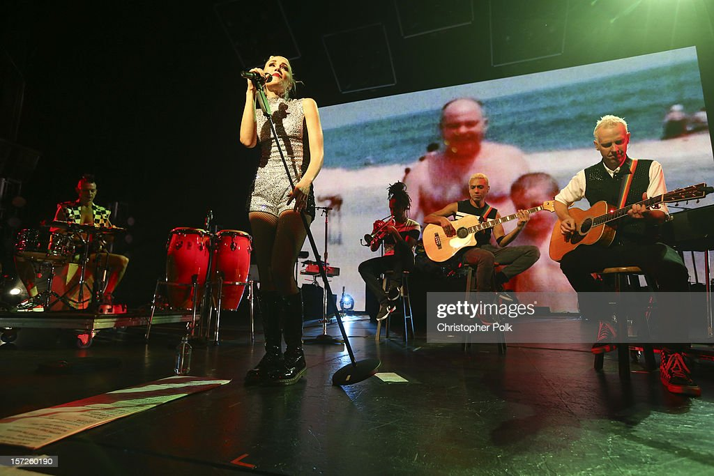 Gwen Stefani and members of No Doubt perform at Gibson Amphitheatre on November 30, 2012 in Universal City, California.