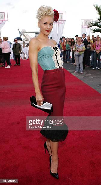 Gwen Stefani arrives at the 2004 MTV Video Music Awards at the American Airlines Arena August 29 2004 in Miami Florida