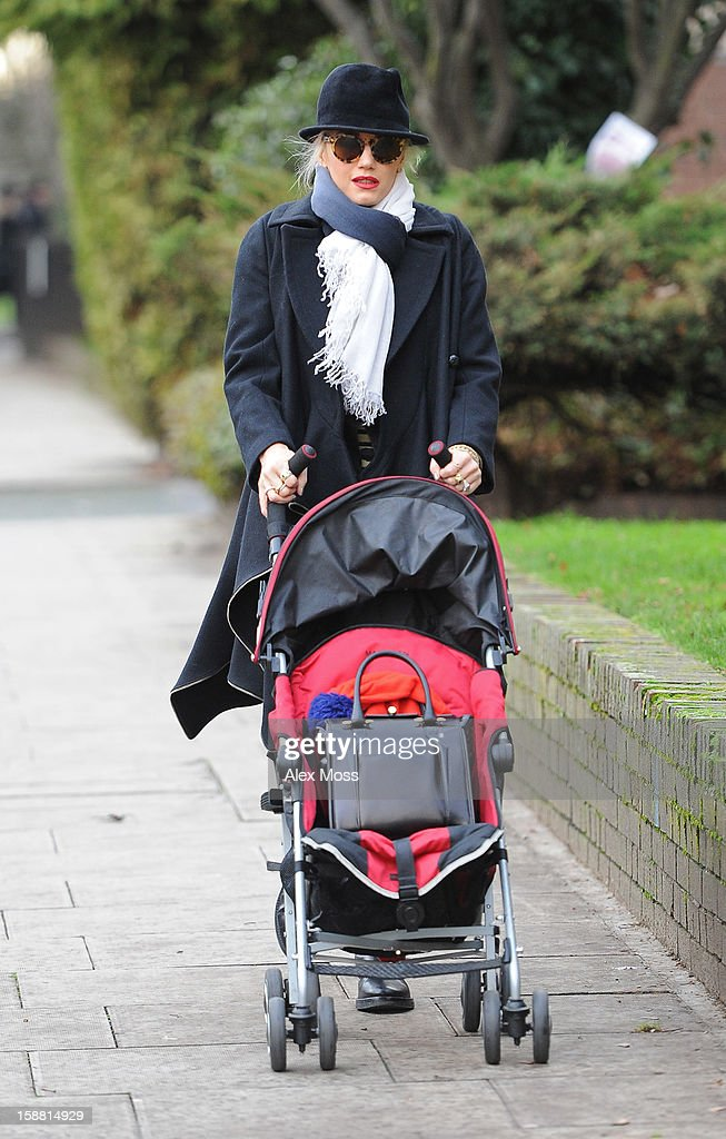 <a gi-track='captionPersonalityLinkClicked' href=/galleries/search?phrase=Gwen+Stefani&family=editorial&specificpeople=156423 ng-click='$event.stopPropagation()'>Gwen Stefani</a> is seen in Primrose Hill on December 30, 2012 in London, England.