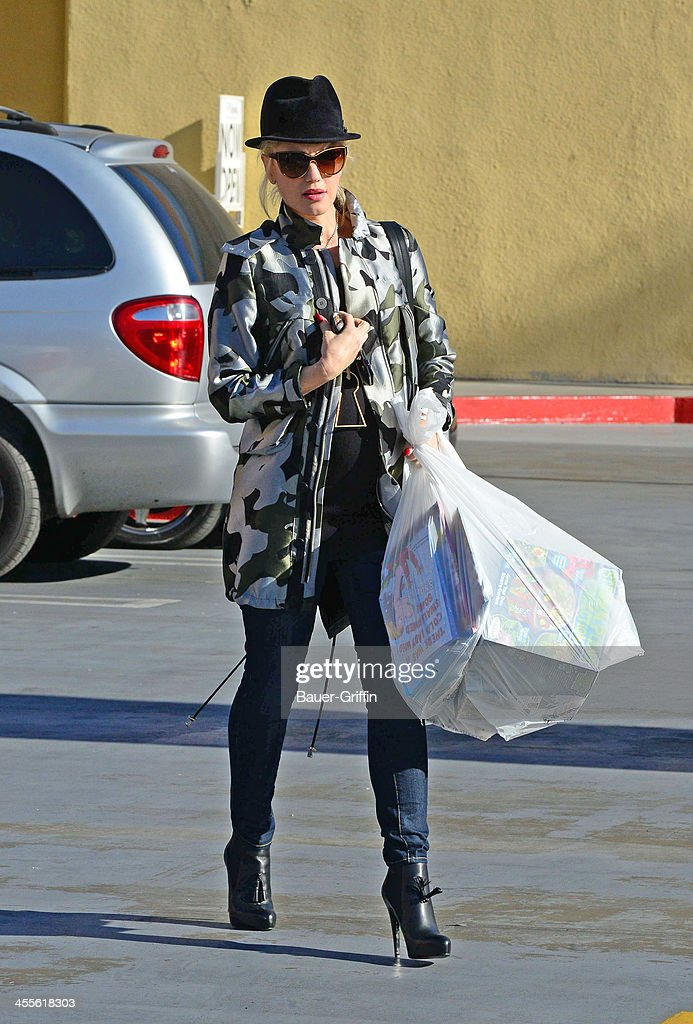 <a gi-track='captionPersonalityLinkClicked' href=/galleries/search?phrase=Gwen+Stefani&family=editorial&specificpeople=156423 ng-click='$event.stopPropagation()'>Gwen Stefani</a> is seen shopping at Marshalls in Studio City on December 12, 2013 in Los Angeles, California.