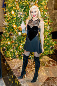 Gwen Stefani Lights The Empire State Building To...