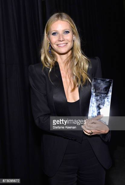 Gwyneth Paltrow accpets the Giving Tree Award at The 2017 Baby2Baby Gala presented by Paul Mitchell on November 11 2017 in Los Angeles California