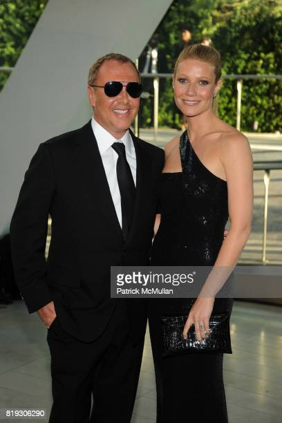 Gwyneth Paltrow and Michael Kors attend 2010 CFDA Awards Arrivals at Alice Tully Hall on June 7 2010 in New York City