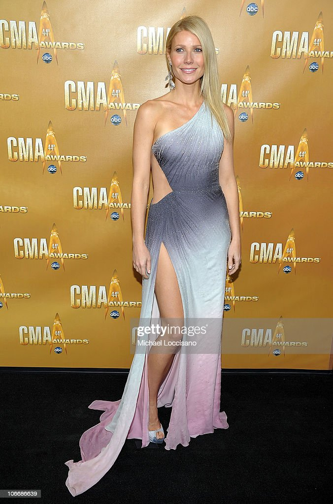 <a gi-track='captionPersonalityLinkClicked' href=/galleries/search?phrase=Gwyneth+Paltrow&family=editorial&specificpeople=171431 ng-click='$event.stopPropagation()'>Gwyneth Paltrow</a> attends the 44th Annual CMA Awards at the Bridgestone Arena on November 10, 2010 in Nashville, Tennessee.